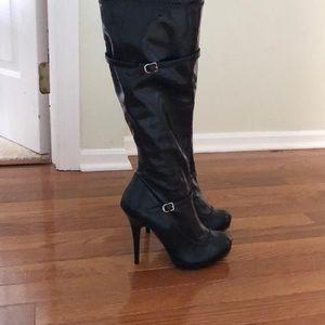 diba patent leather platform stiletto boots, 6.5M